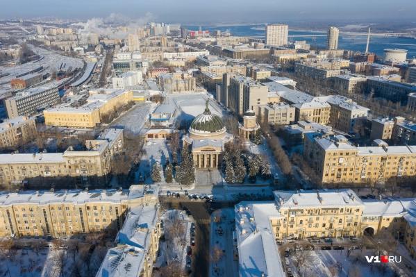 Споры о том, по какому времени жить Волгограду, становятся все сильнее
