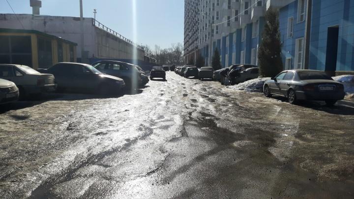 Застройщик объяснил, почему затопило частный сектор возле новой высотки в Уфе