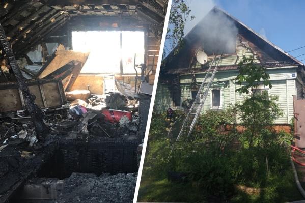 Внутри дома всё выгорело