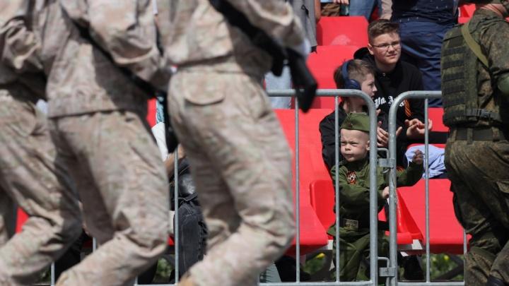 Останется в памяти: День Победы в Самаре в 10 неформальных фото
