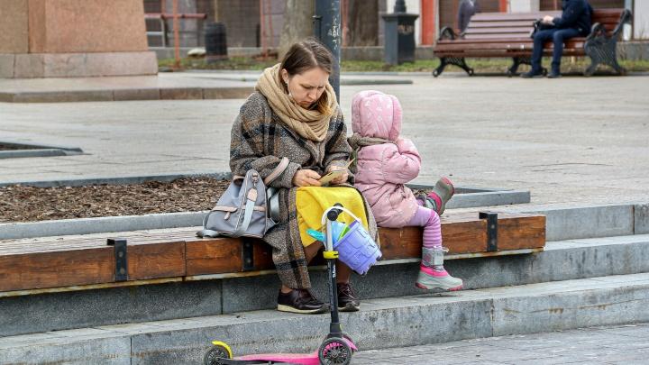 Две тысячи нижегородских детей болеют COVID-19. Решение по вакцинированию несовершеннолетних объявят через две недели