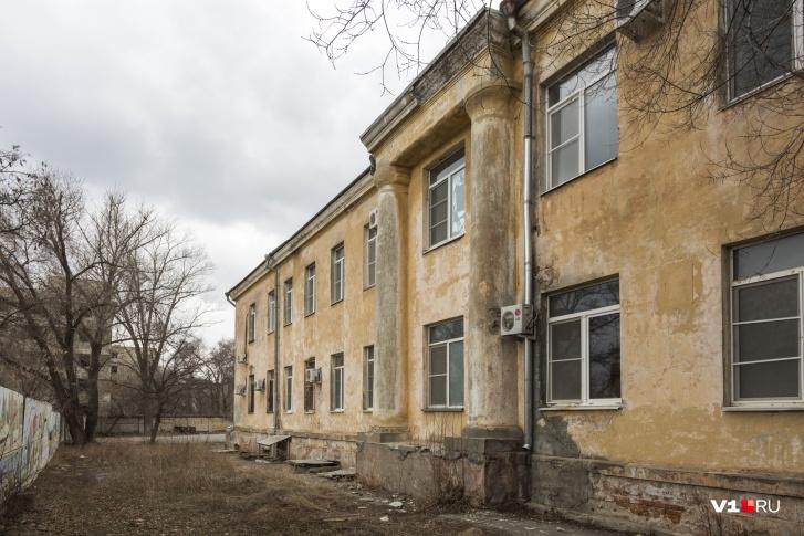 Пока два роддома Волгограда были «закрыты на коронавирус», в других роддомах не возникло очередей