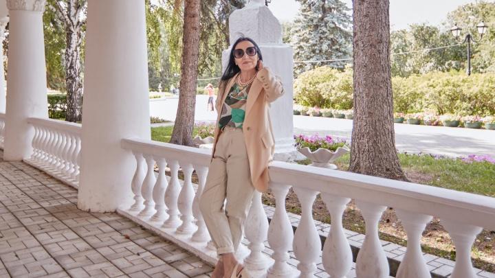 «Чувствую себя на 35»: екатеринбурженка на пенсии стала модным блогером