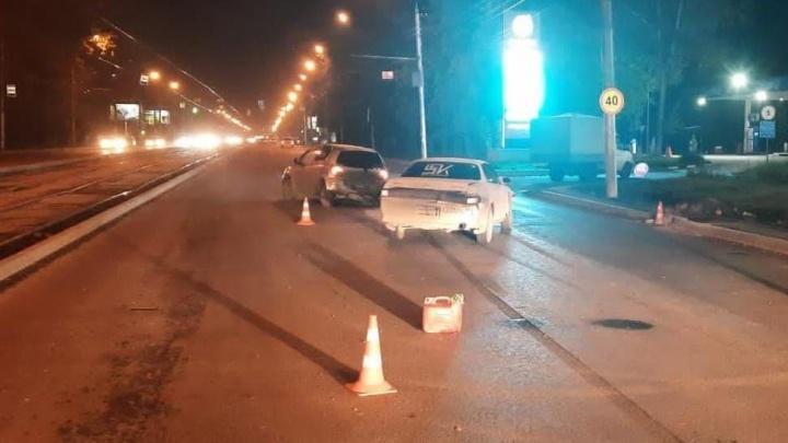 Подросток сломал позвоночник в ночной аварии в Новосибирске