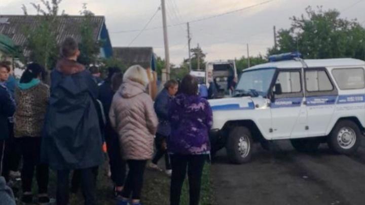 Суд заключил под стражу мужчину, убившего дочь в Таврическом районе