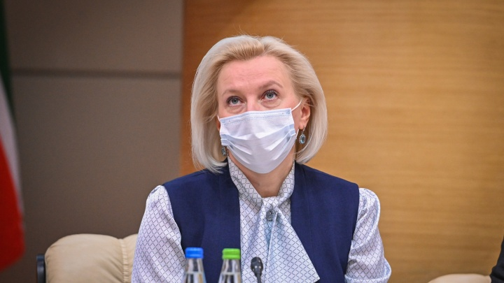«Глупое совершенно решение»: глава Роспотребнадзора Татарстана — о вакцинации «Спутником лайт»