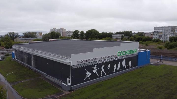 В Кузбассе открылся новый спортивный комплекс. Рассказываем, что там есть