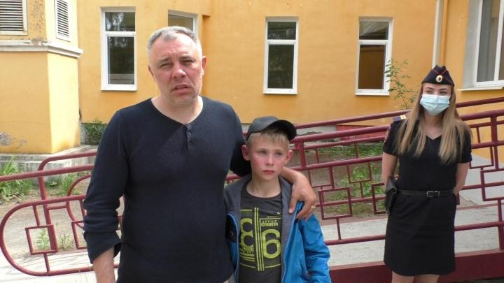 Отца проверили на детекторе лжи: в полиции рассказали о поисках потерявшегося в горах 9-летнего мальчика