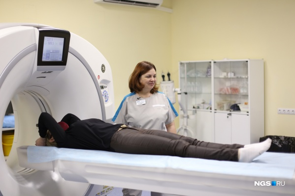 Благодаря появлению этого томографа онкодиспансер сможет принимать больше пациентов и разделить потоки: старый аппарат будет заниматься планированием лучевой терапии, а новый — диагностикой болезней