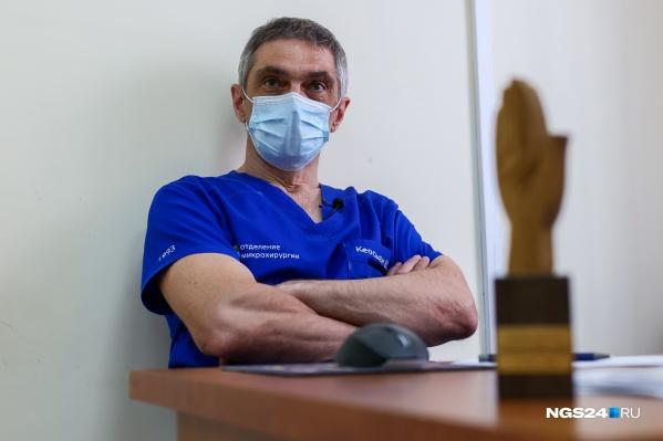 Вадим Кеосьян в медицине уже 33 года, из которых 31 год — в хирургии