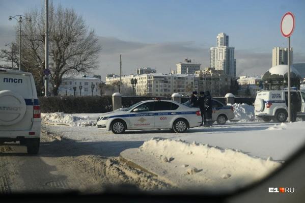 ДПС недалеко от резиденции губернатора Свердловской области
