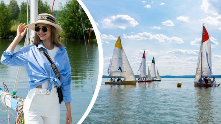 Будущие «Мисс Екатеринбург» устроили гонки на яхтах. Публикуем самый красивый фоторепортаж этой недели