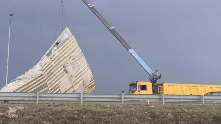«При чем тут строители? Это стихия»: эксперт — о разрушенных ураганом домах в Башкирии