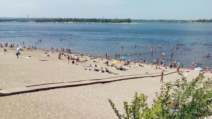 «Родился в рубашке»: на пляже возле Жигулевска с трехметровой глубины достали 6-летнего мальчика
