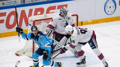 ХК «Сибирь» обыграл «Нефтехимик» в домашнем матче