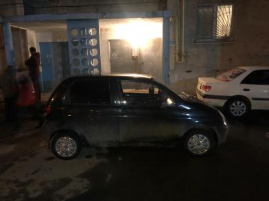 В Волгограде пьяный водитель сбил женщину у двери подъезда
