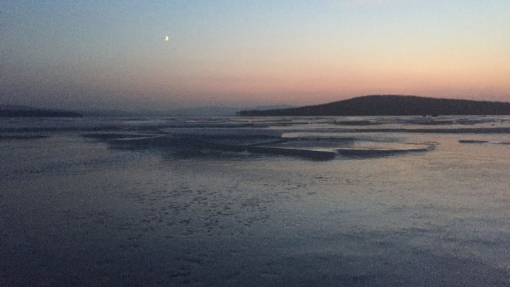 Мэр Нижнего Тагила рассказал, как очищают Черноисточинский пруд, который был похож на зловонную лужу