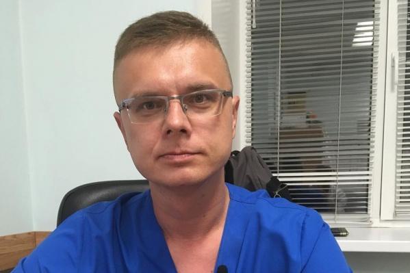 Анестезиологом-реаниматологомВасилий Жданов работает уже 16 лет