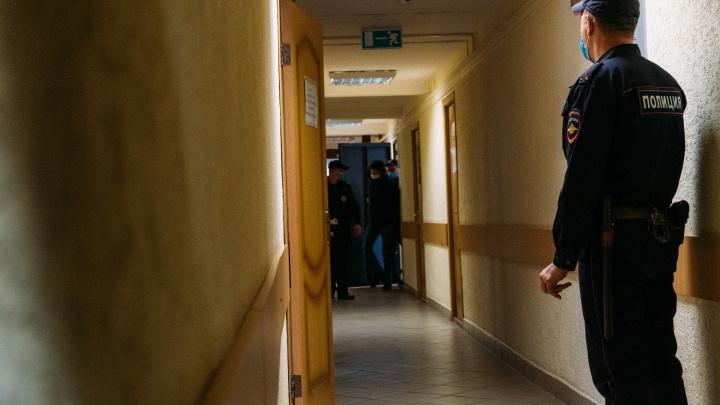 Сотрудника «ОмскВодоканала» осудили за непредумышленное убийство. По его вине погиб газонокосильщик