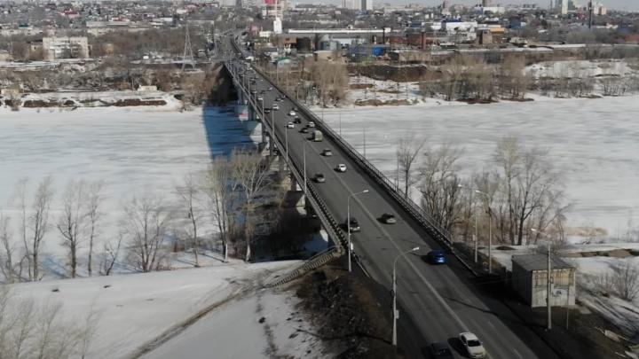 Глава депстроя: «Постепенно придем к тому, что надо расширять Южный мост до6полос»