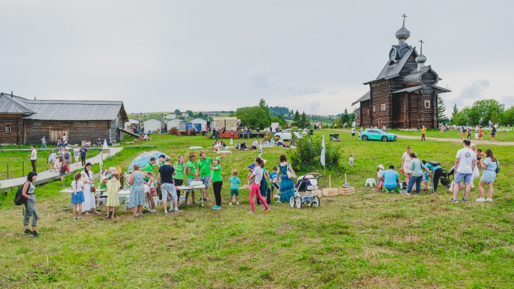 В Хохловке за 33 миллиона отреставрируют соляной амбар и колокольню