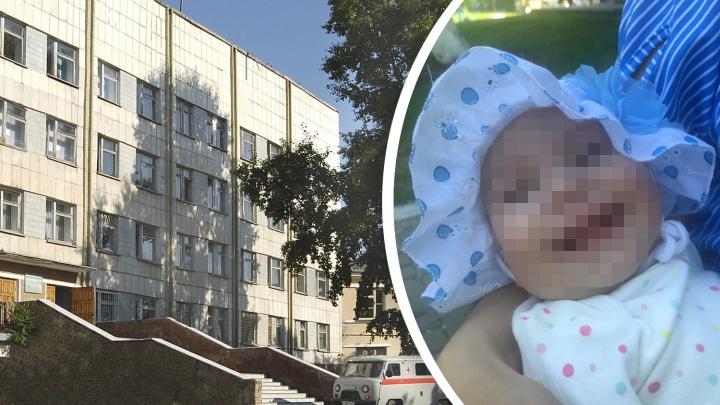Младенцу с температурой отказали в госпитализации. Через несколько часов у девочки случился инсульт