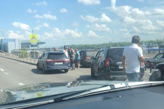 Красноярцы жалуются на заторы по Дубровинского из-за новой платной парковки. Один из них написал заявление в ГИБДД