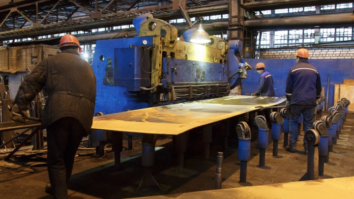 Андрей Бочаров приказал остановить рост цен на сталь