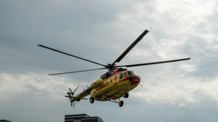 В Новосибирской области экстренно сел санитарный вертолет