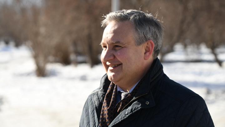 Глава Верх-Исетского района пообещал очистить все дороги до 30января