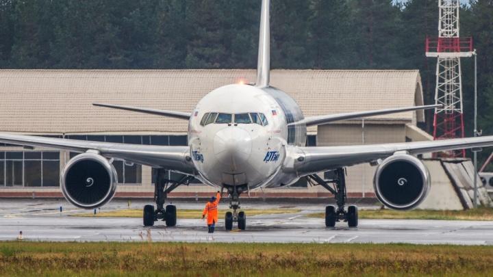 Улететь из Сургута в теплые края прямым рейсом можно будет до конца октября