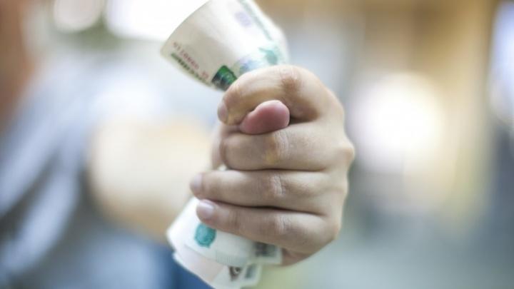 В Кузбассе долги по зарплатам — почти 200 млн. Рассказываем, кому не платят