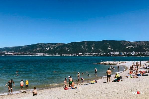 Кубань стала первым курортным регионом России со своими ограничениями для отдыхающих