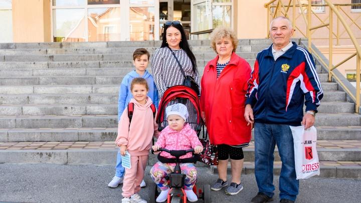 Ростов-на-Дону голосующий: фоторепортаж с избирательных участков