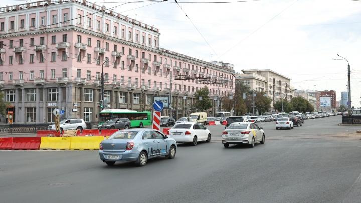 В центре Челябинска снова изменят схему движения из-за ремонта трамвайных путей