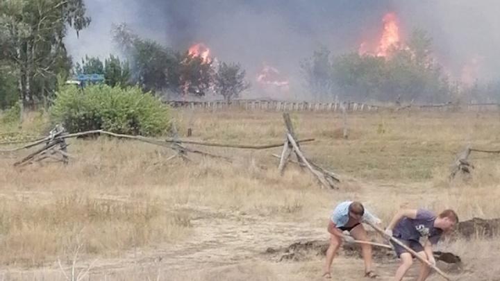В Самарской области загорелось село Гвардейцы