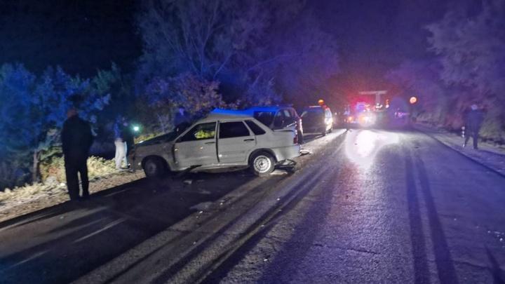 «В этом Ford мог бы торчать я»: очевидцы рассказали детали страшной аварии под Волгоградом
