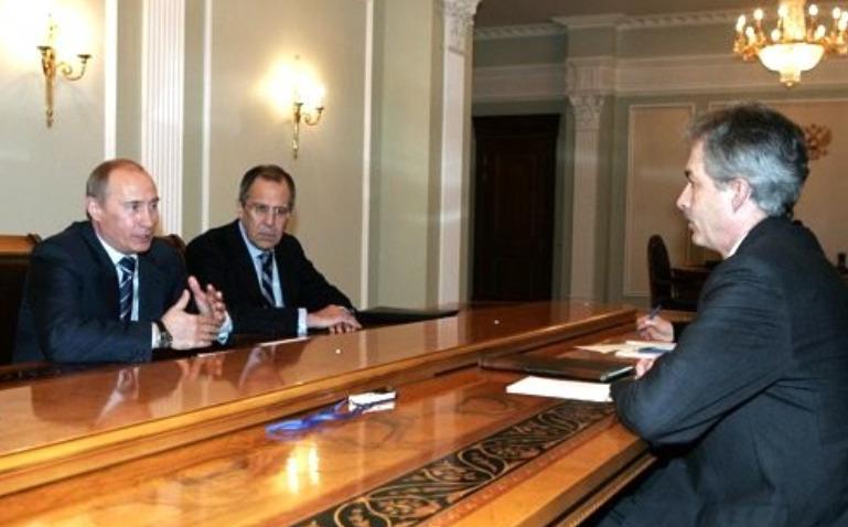 Беседа Владимира Путина с послом США в России Уильямом Бёрнсом в марте 2008 года