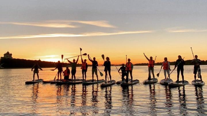 Река, закаты и рассветы: где встать на SUP-борд в Ярославле и круто провести выходные