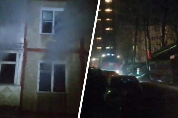 Квартира, где начался пожар, закоптилась полностью