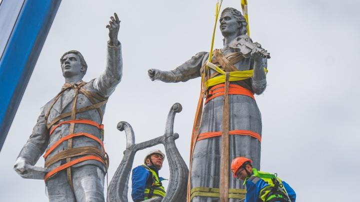 «Вернутся к празднованию юбилея»: с фасада ДК Солдатова в Перми сняли статуи