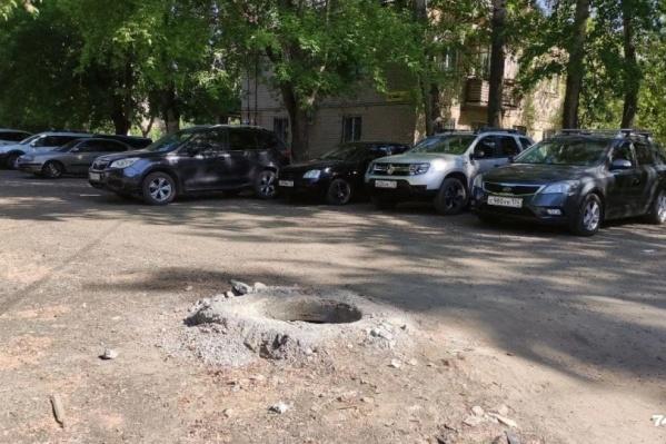 Открытые люки всё чаще можно встретить на улицах Челябинска