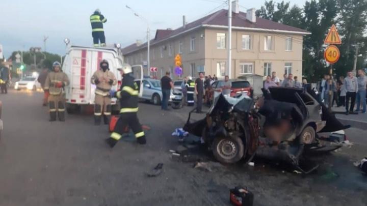 В Уфе осудят пьяного водителя «крузака», который устроил ДТП с пятью машинами на Сочинской