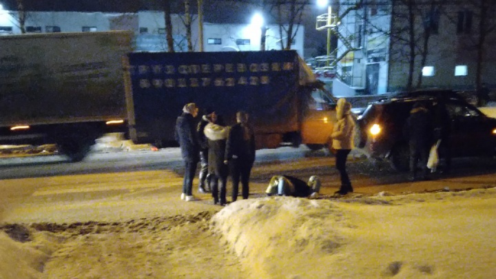 В Ярославле на проклятом переходе сбили девушку: фото