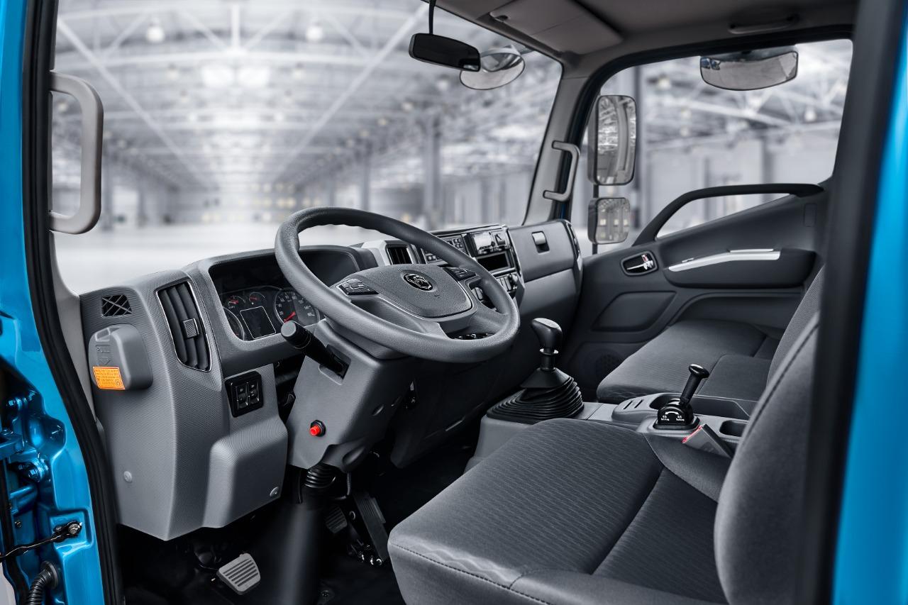 Кабина усовершенствована для комфорта и безопасности водителя