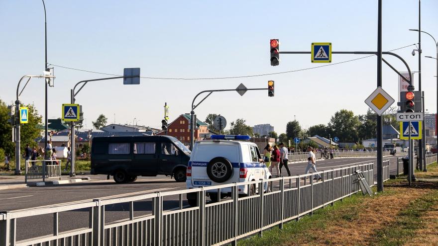 «Ударил одного и укусил другого». Нижегородского подростка подозревают в применении насилия в отношении полицейских