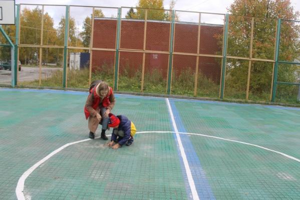 Многие спортивные площадки окружной столицы Югры нуждаются в обновлении