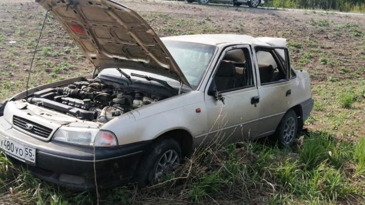 В Кормиловском районе из-за пьяного водителя погибли два пассажира