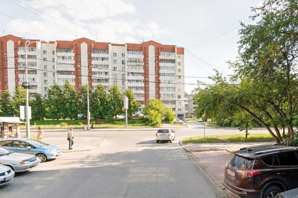 Участок улицы Красноуральской будет закрыт до 10 октября