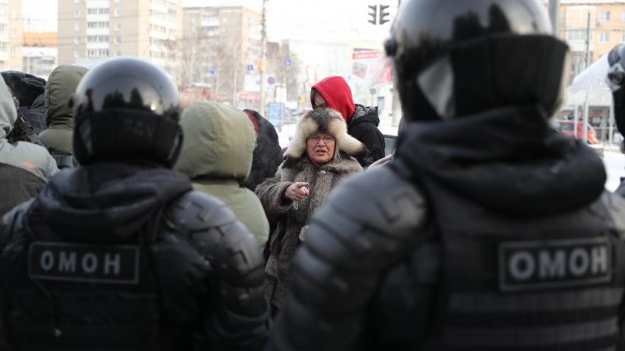 В Новосибирске ищут людей для работы в столичном ОМОНе — что нужно делать и за какую зарплату